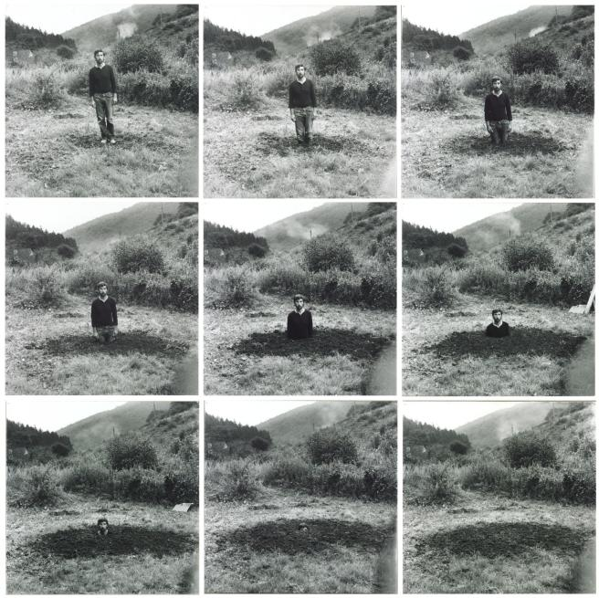 © Keith Arnatt (1969) - Self-Burial (Television Interference Project)
